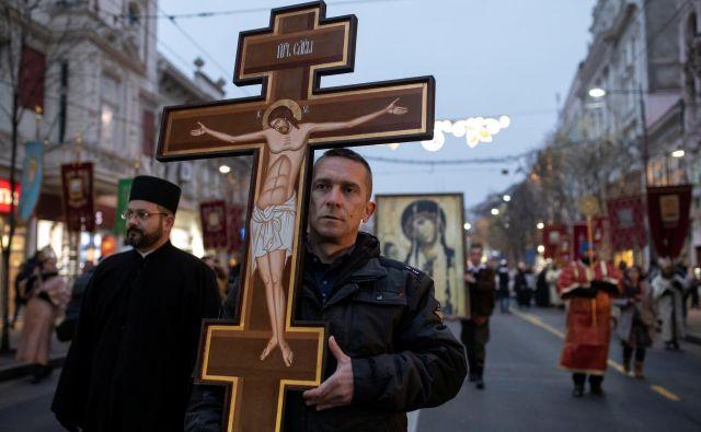 Protesti se vrstijo v Črni gori, ponekod v Srbiji in BiH, včeraj tudi v Beogradu. Foto: Marko Djurica/Reuters