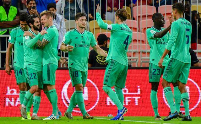 Madridski »zeleni« so bili prepričljivi, finalnega tekmeca pa bodo dobili jutir zvečer. FOTO: AFP