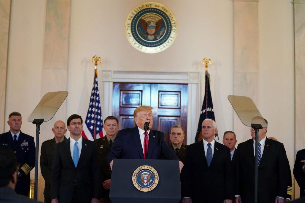 Trump Iranu nikoli ne bo dovolil jedrske bombe, a mu tudi ponuja mir