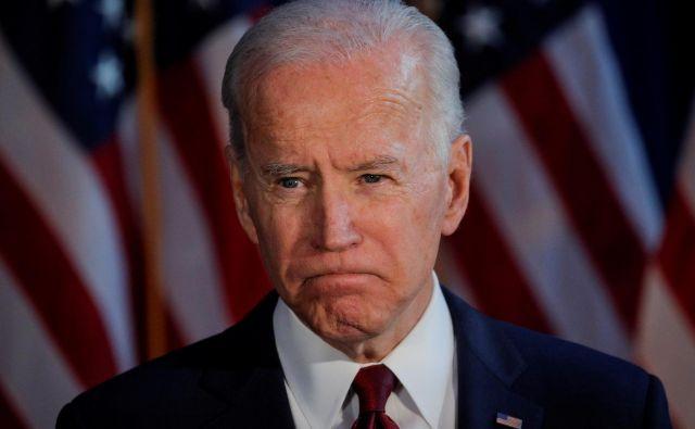 Kandidat Joe Biden izgublja podporo tudi zaradi škandaloznega vedenja sina Hunterja.Foto: Reuters