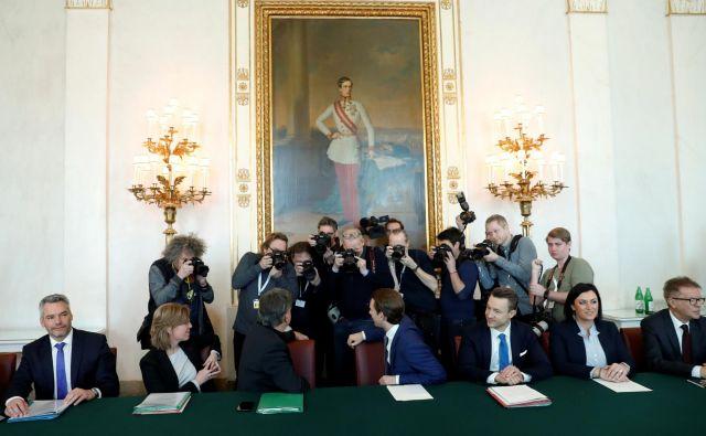 Turkizno zelena koalicija: Sebastian Kurz in Werner Kogler<br /> Foto Reuters