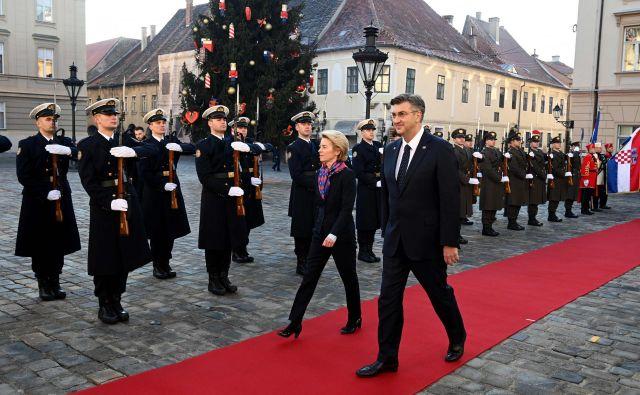 Med obiski iz Bruslja je premier Andrej Plenković sicer imel svoje ure slave.FOTO: Denis Lovrovic/Afp
