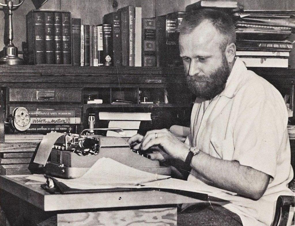 Frank Herbert: Razvoj zgodbe s Peščenega planeta