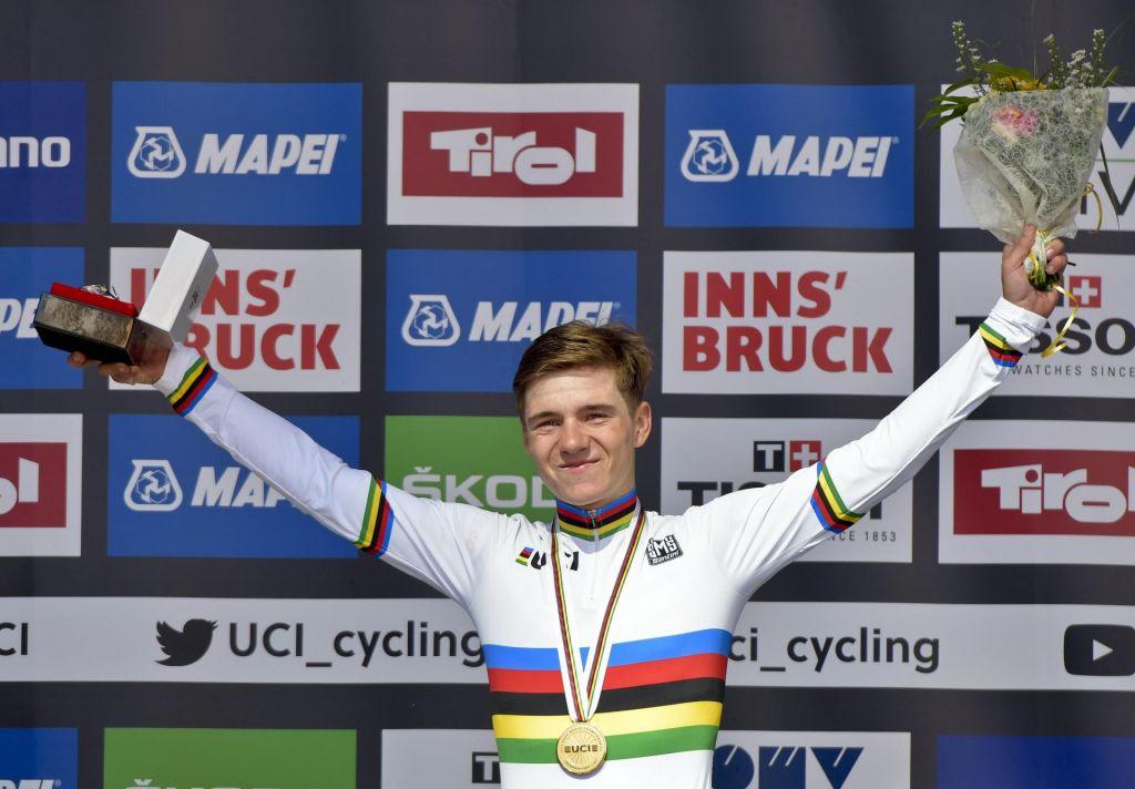 Na Giro še leto dni mlajši kot Pogačar na Vuelto
