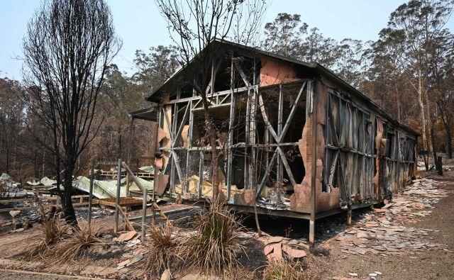 Požari na območju gore Gospers severozahodno od Sydneyja so goreli skoraj tri mesece. FOTO: Peter Parks/AFP