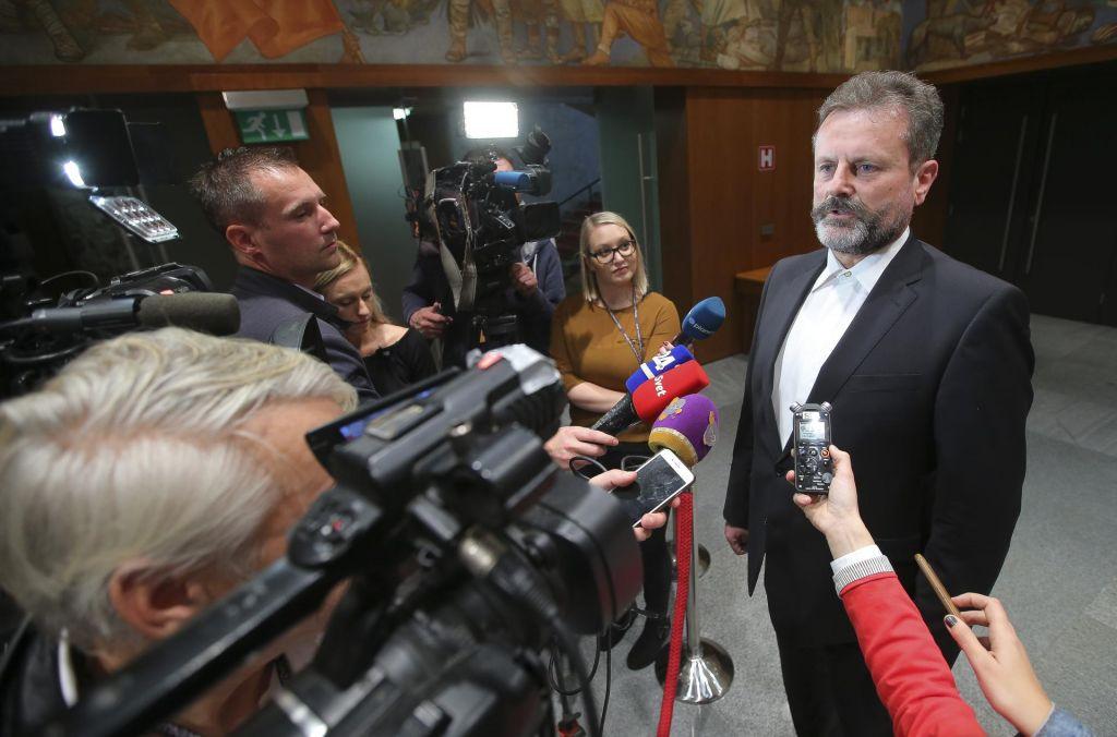 FOTO:Za parlamentarno večino bo pomemben vsak glas