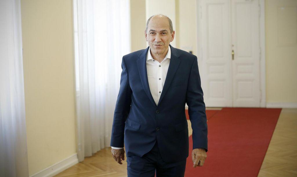 FOTO:Janša destabilizira, Šarec pa kritizira