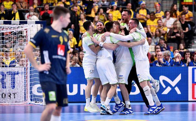 Slovenski rokometaši so tudi v zadnjem dvoboju v skupini proti Švici igrali odlično. FOTO: Reuters