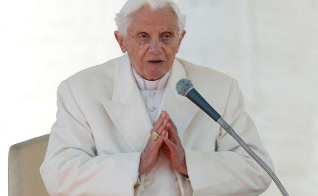 Benedikt je vedel, da konservativni kardinal Robert Sarah piše knjigo o duhovniškem celibatu. FOTO: Reuters