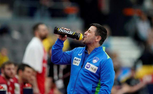 Slovenski selektor Ljubomir Vranješ ima na voljo širok izbor igralcev. FOTO: Reuters