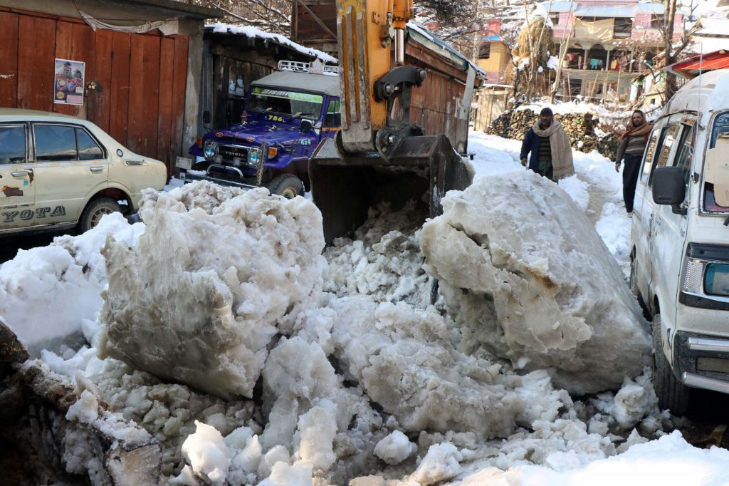 FOTO:Številne žrtve zime v Pakistanu in Afganistanu
