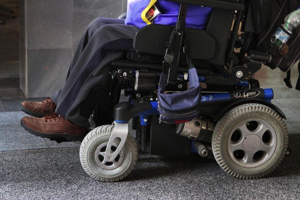 Zaradi nedostopnosti volišč za invalide tožba proti Sloveniji