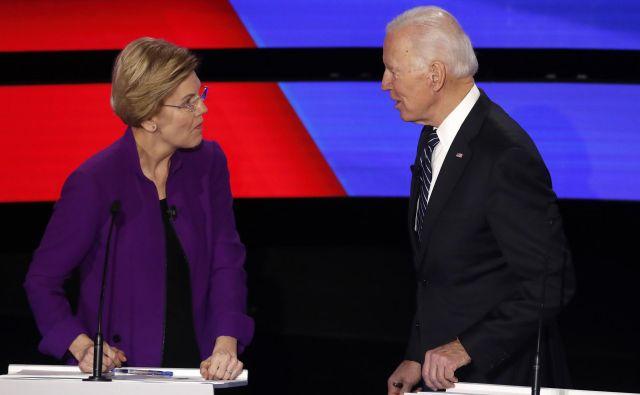 Elizabeth Warren in Bernie Sanders. FOTO:Shannon Stapleton Reuters