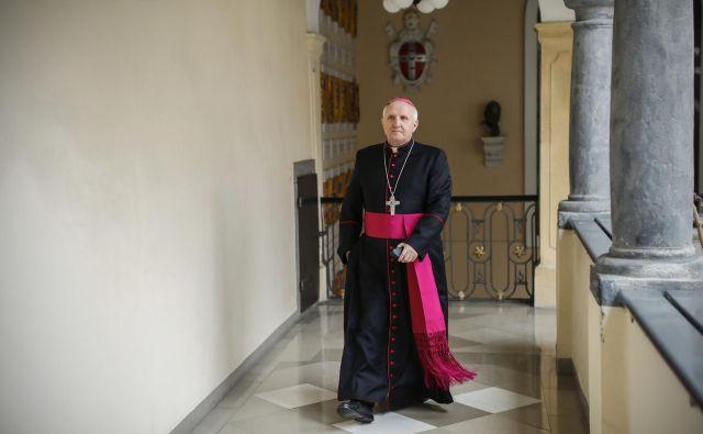 Slovenska škofovska konferenca je pozive k odstopu nadškofa Zoreta označila za neupravičene. FOTO: Uroš Hočevar/Delo