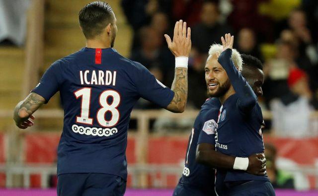 Tudi občasno kontroverzna Mauro Icardi in Neymar sta se podredila pariškemu kolektivu. FOTO: Reuters