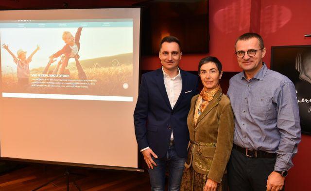 Zdravniki Denis Baš, Jasna Čuk Rupnik in Matjaž Homšak. Foto Foto: Peter Irman