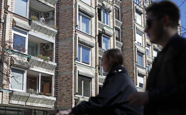 V prvi polovici lanskega leta je bilo treba za rabljeno stanovanje v Ljubljani odšteti v povprečju 2780 evrov za kvadratni meter, v prihodnjih treh mesecih so cene krepko poskočile. FOTO: Leon Vidic/Delo