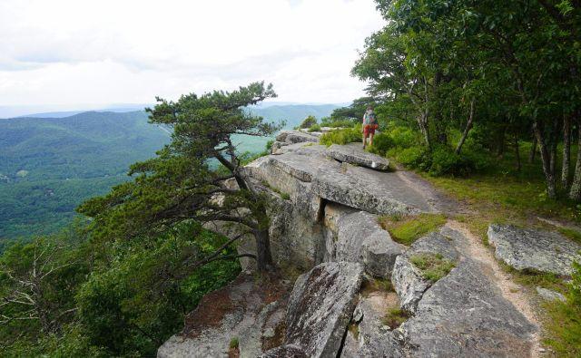 Tinker Cliffs v zvezni državi Virginija. Ob takih pogledih se hitro vključi domišljija in skrivajoči se palčki ali plešoče vile se ne zdijo več nekaj neverjetnega... FOTO: osebni arhiv Jere Musič