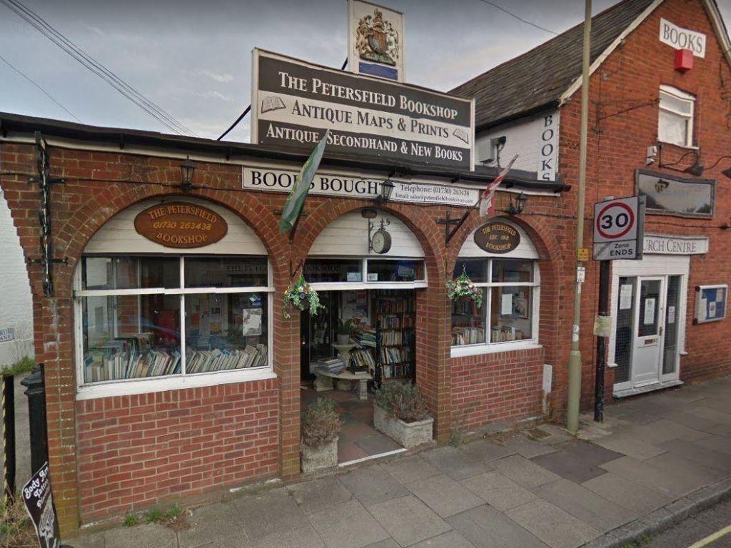FOTO:Tvit iz knjigarne: »Niti ene knjige nismo prodali … £0.00...«