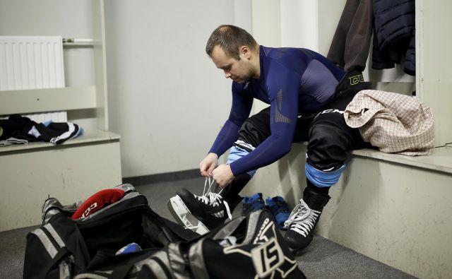 Dvorana Tivoli se bo z novo podobo pripravila na gostovanje svetovnega prvenstva v hokeju na ledu skupine B. Foto: Blaž Samec