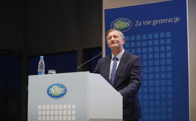 Karl Erjavec na včerajšnjem kongresu stranke Desus ni dobil zadostne podpore članov, da bi ostal na funkciji predsednika stranke. FOTO: Leon Vidic/Delo