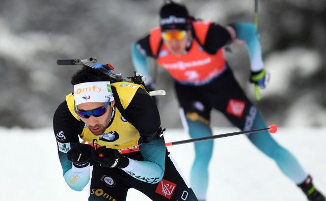 Francoz Martin Fourcade je dobil moško zasledovalno preizkušnjo svetovnega pokala v biatlonu. FOTO: Christof Stache/Afp