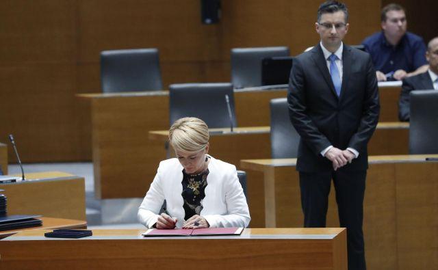 Iz Šarčevega kabineta so sporočili, da sta premier in nova predsednica Desusa opravila poglobljen in celovit razgovor. FOTO: Leon Vidic/Delo