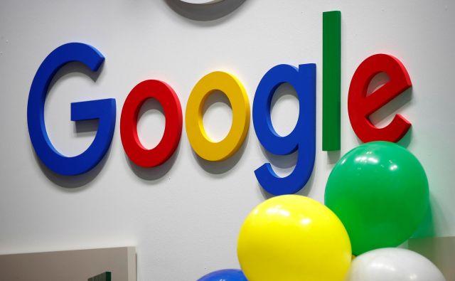 Google preboja magične meje borzne vrednosti ni ravno na veliko proslavil, kar je za podjetje, ki večino prihodkov ustvari z oglaševanjem, vsaj zanimivo in neznačilno. Foto Reuters
