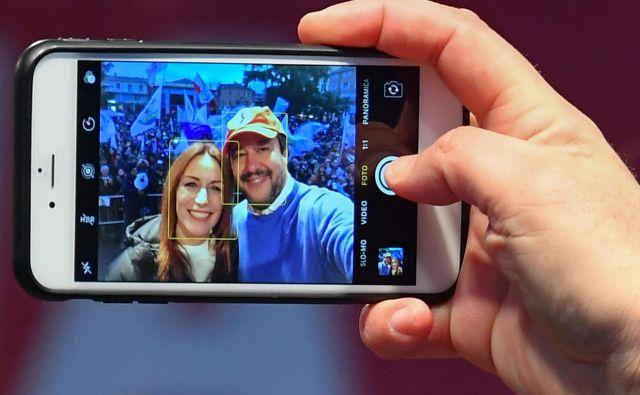 Salvini pred deželnimi volitvami v Emiliji - Romanji vodi agresivno predvolilno kampanjo od novembra. Foto: AFP