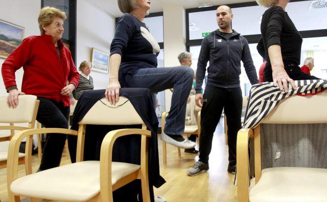 Namen fizioterapije je razvijati, vzdrževati ali ponovno doseči optimalno gibanje in funkcijske sposobnosti pri posameznikih in vsem prebivalstvu v vseh življenjskih obdobjih. Foto Roman Šipić