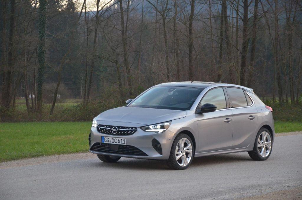 FOTO:Francoski pridih nemškemu avtomobilu