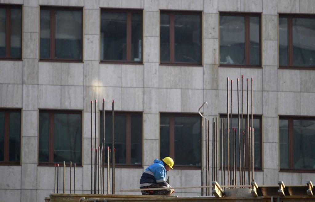 FOTO:Pol milijarde ljudi ni polno delovno aktivnih, čeprav si to želijo