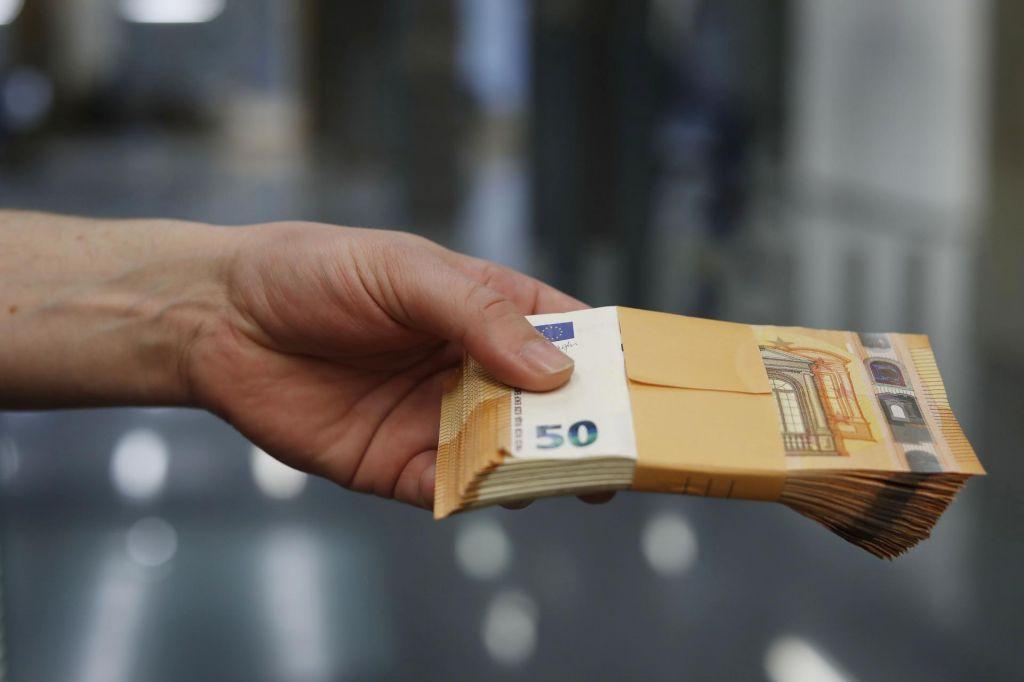 FOTO:Pregon korupcije Slovencem ne gre dobro od rok