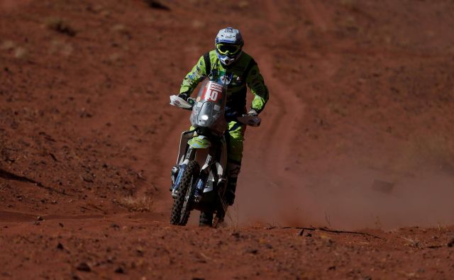 Edwin Straver na tretji etapi relija Dakar. FOTO: Hamad I Mohammed/Reuters