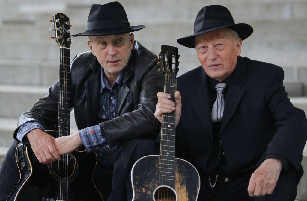 Dva akustična Kreslina v ljubljanski Drami