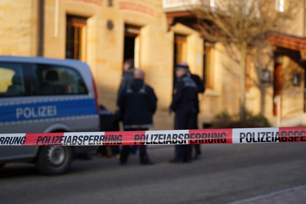 FOTO:V streljanju v mestu Rot am See šest ljudi izgubilo življenje