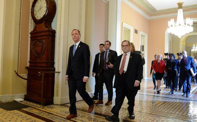 Demokratska tožilca republikanskega predsednika Adam Schiff in Jerry Nadler na poti v senat. Foto Mary F. Calvert Reuters