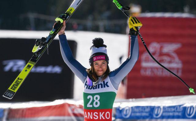 Na prvo mesto se je zavihtela <strong>Elena Curtoni</strong>, ki je bila najhitrejša s startno številko 28. In svojo prvo zmago v svetovnem pokalu je osvojila še stara 28 let. FOTO: Nikolay Doychinov/AFP