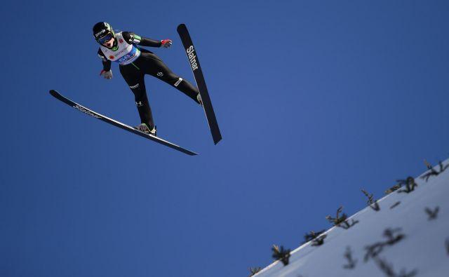 Križnarje va je po prvi seriji zasedala sedmo mesto s skokom, dolgim 88,5 metrov, v drugo pa je prav tako skočila 88,5 metrov, a v finalu izgubila dve mesti. FOTO: Reuters