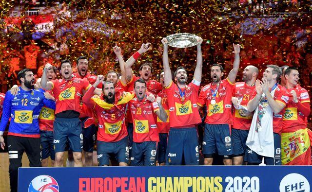 Španci so drugič zapored osvojili naslov evropskih prvakov v rokometu. FOTO: Reuters