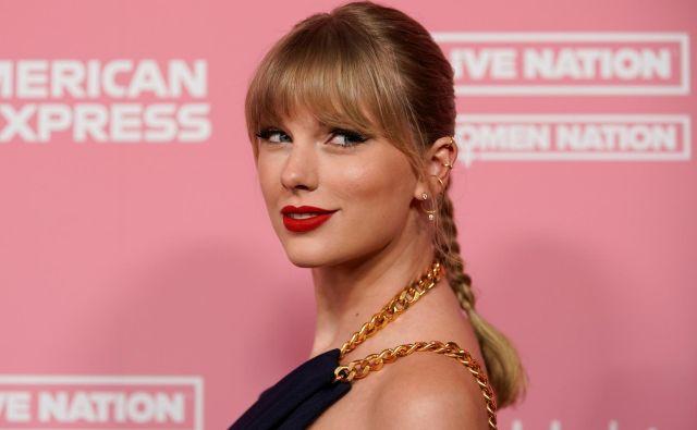 Taylor Swift se, kljub trem nominacijam, sinočnje podelitve grammyjev ni udeležila. FOTO: Reuters