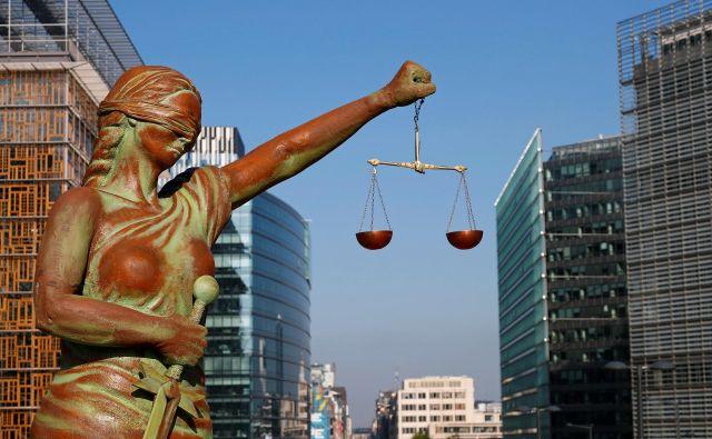Kdo pa bo presodil, ali je bilo obnašanje pravilno? In odgovarjam: Čisto preprosto, merilo je zdravorazumski razmislek. Foto Reuters
