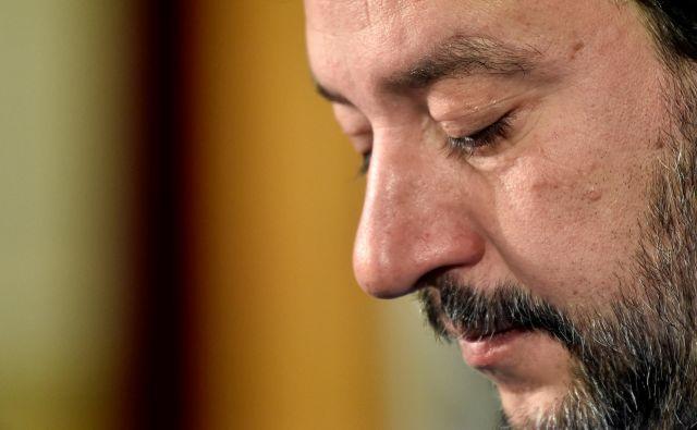 Salvinijev nedeljski poraz je bil toliko hujši, ker je na zmago v Emiliji - Romanji stavil vse. FOTO: Flavio Lo Scalzo/Reuters