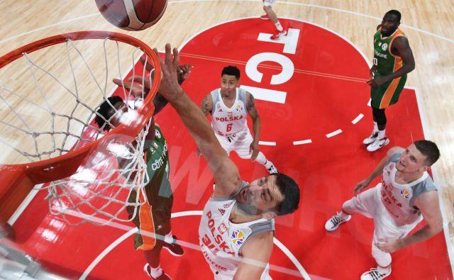 Tudi košarka na nižjih tekmovalnih ravneh ne more ubežati lovcem na hitre zaslužke. FOTO: AFP