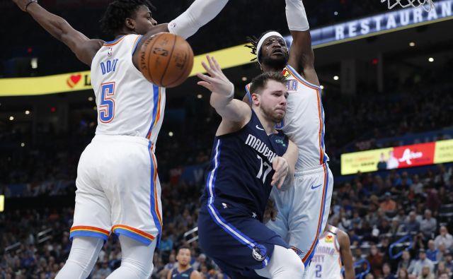 Luka Dončić je tudi proti Oklahomi vodil Dallas zanesljivi zmagi naproti. FOTO: USA TODAY Sports