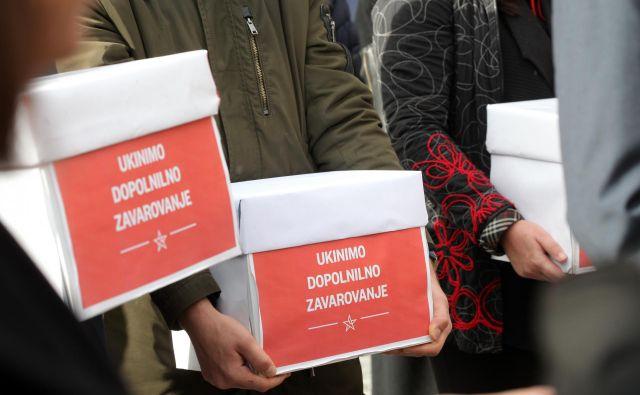 Vodja poslanske skupine LMŠ Brane Golubović je na vprašanje, ali obžaluje, da niso poskušali najti soglasja med ministroma in pomiriti strasti, odgovoril z vprašanjem, ali bi zakon podprli, če bi soglasje dosegli. FOTO: Mavric Pivk/Delo