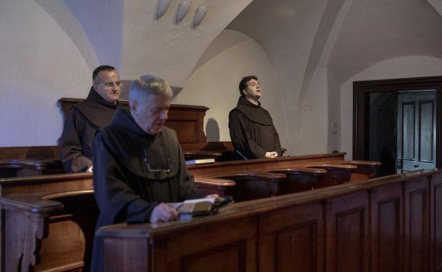 Pri molitvi. Foto Voranc Vogel