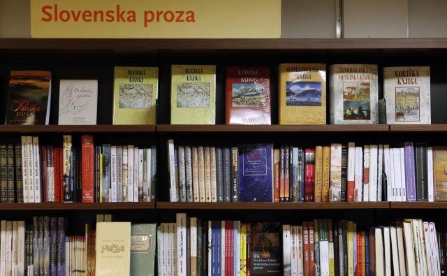 Slovenski odnos do »človekovih najboljših prijateljic« je zapleten: proda se vse manj knjig.Foto Blaž Samec