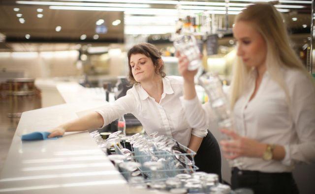 Glavni veščini, ki ju zaposleni potrebujejo, sta prilagodljivost in odpornost na spremembe. FOTO: Jure Eržen/Delo