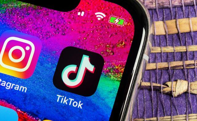 Tiktok je družbeno omrežje, kjer kraljujejo videoposnetki. Trenutno je to najhitreje rastoče družbeno omrežje. FOTO: Shutterstock